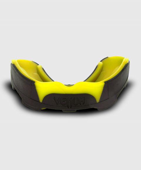 КАПА VENUM PREDATOR - Черный/Желтый