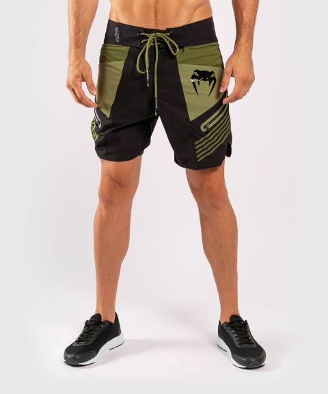 Пляжные шорты Venum Cargo - Черный/Зеленый
