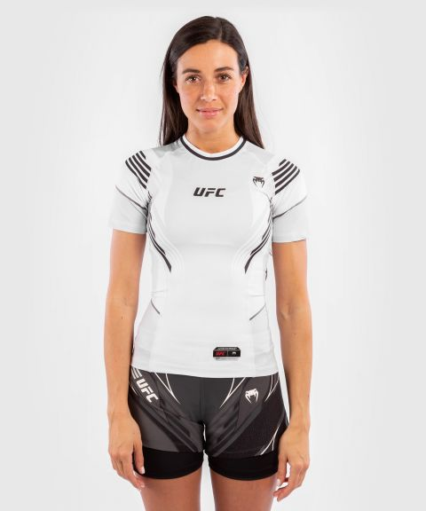 UFC 베넘 어쎈틱 파이트 나이트 여성 래쉬가드 - 하얀