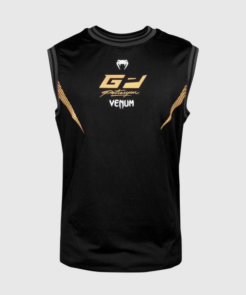 Безрукавка Venum Petrosyan Dry Tech – черная/золотистая
