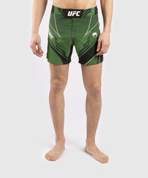 UFC Venum Pro Line Men's Shorts - Green