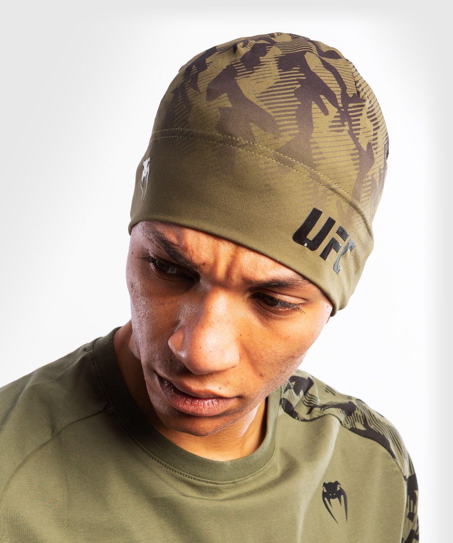 UFC 베넘 어쎈틱 파이트 위크 유니섹스 퍼포먼스 비니 - 카키색 옷감