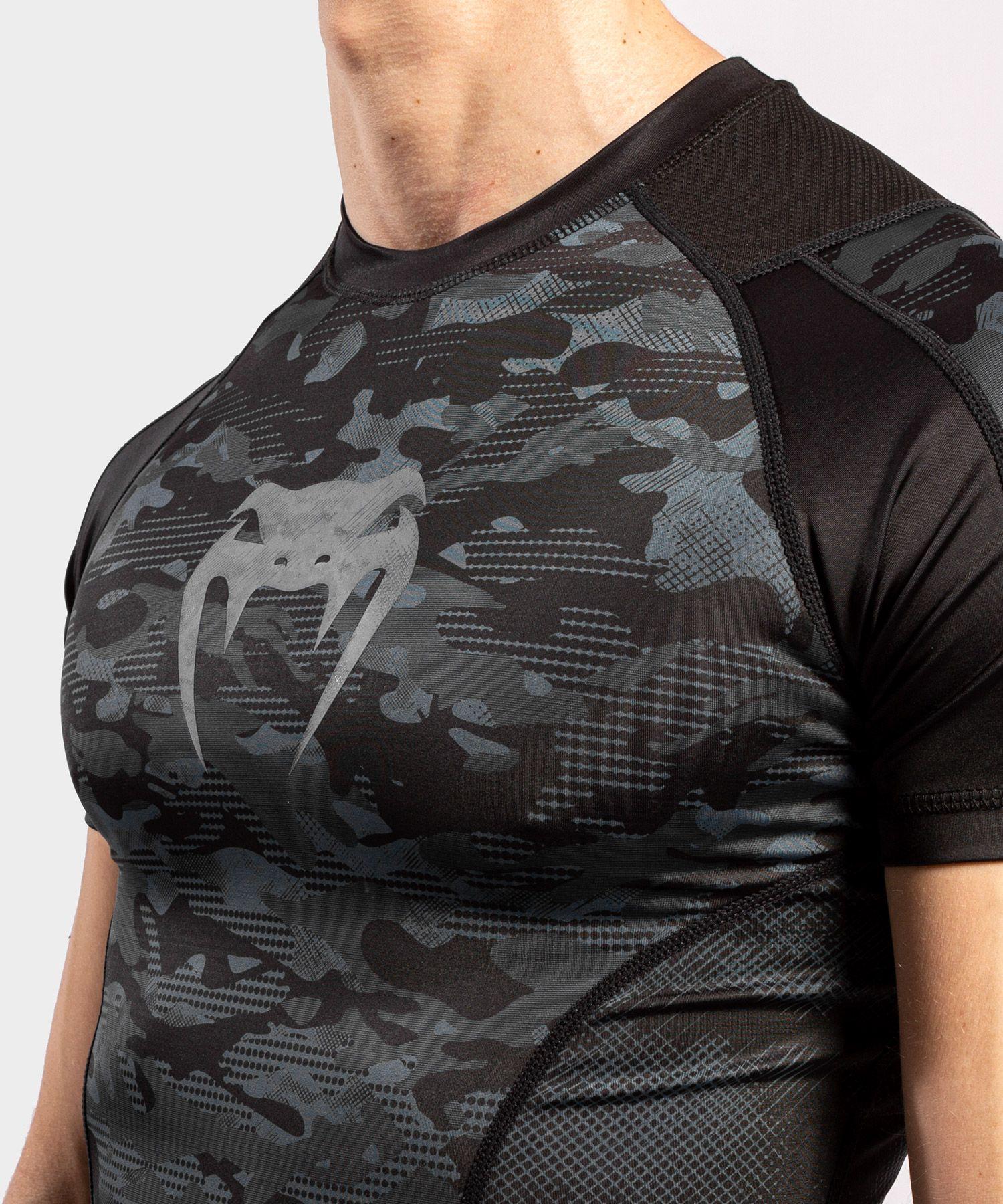 Venum Defender Short Sleeve Rashguard - Dark camo