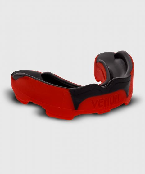 Venum Predator Mouthguard - Red/Black