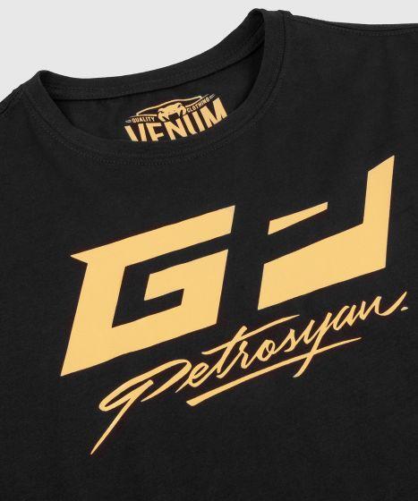 Футболка Venum Petrosyan – черная/золотистая