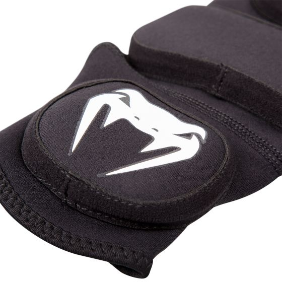 Venum Kontact Evo Shin Guards - Black