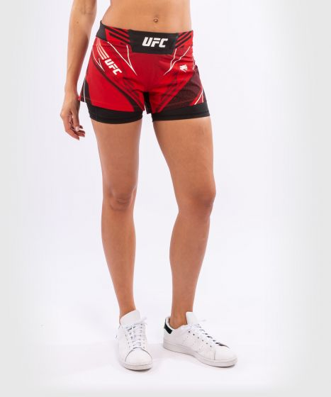 UFC 베넘 어쎈틱 파이트 나이트 여성 쇼츠 - 숏 핏 - 빨간