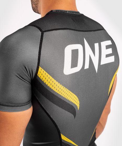 Рашгард ONE FC Impact – короткий рукав  - Серый/Желтый