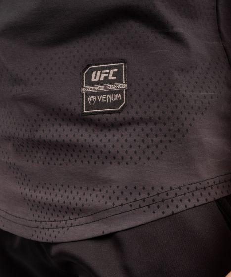 МУЖСКАЯ ХЛОПКОВАЯ ФУТБОЛКА С КОРОТКИМ РУКАВОМ UFC VENUM FIGHT WEEK - Чёрный