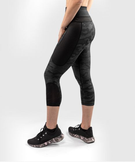 Venum Defender Crop Leggings - for women - Black/Black
