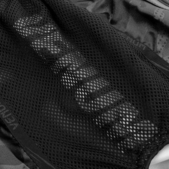 Шорты для тайского бокса Venum Devil — черный/черный