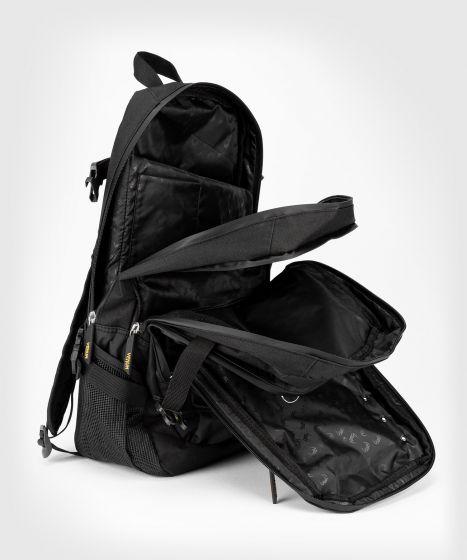 Рюкзак Venum Challenger Pro Evo - Черный/Золотой