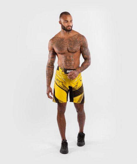 UFC 베넘 어쎈틱 파이트 나이트 남성 쇼츠 - 롱 핏 - 노랑