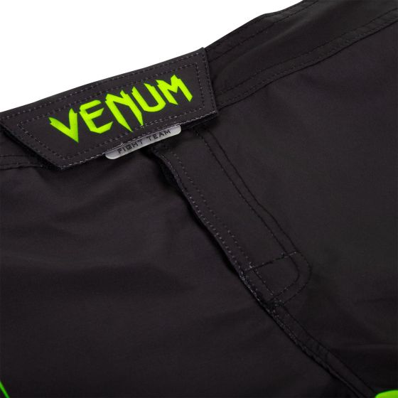 Venum Challenger Fightshorts - Black/Neo Yellow