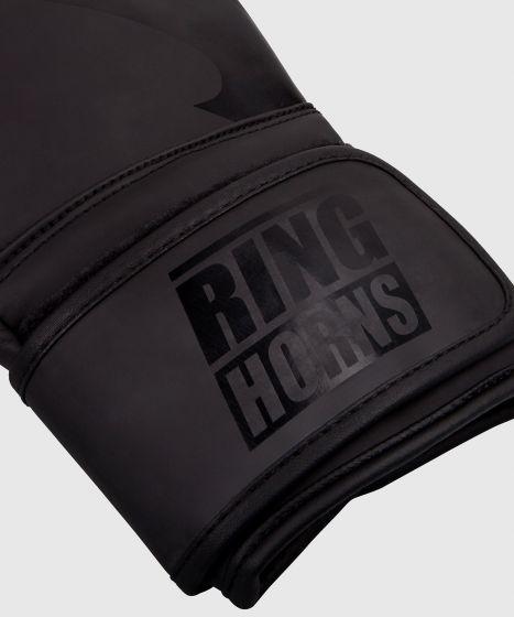 Боксерские перчатки Ringhorns Charger – черные/черные