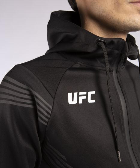 МУЖСКАЯ ТОЛСТОВКА UFC VENUM PRO LINE - Чёрный