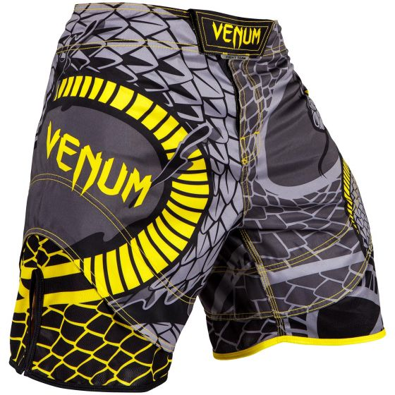 Venum Snaker Fightshorts - Black/Yellow